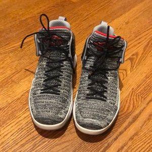 Nike Air Jordan MVP